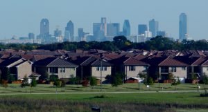 Dallas_skyline_and_suburbs