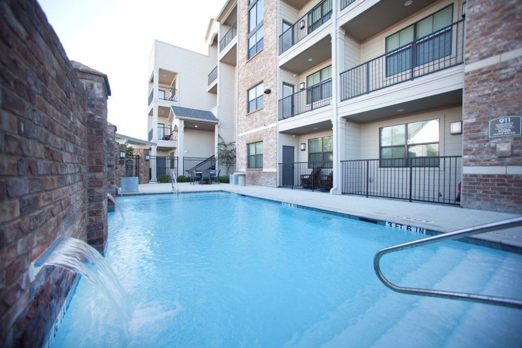 The pool in a student housing complex is College Station, Texas. Preferred Return example 3.